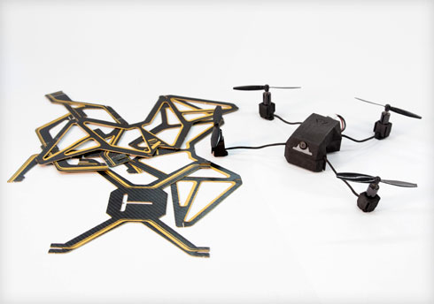מוצע גם סט כלים דיגיטליים למי שרוצה לעצב בעצמו (צילום: עודד אנטמן)