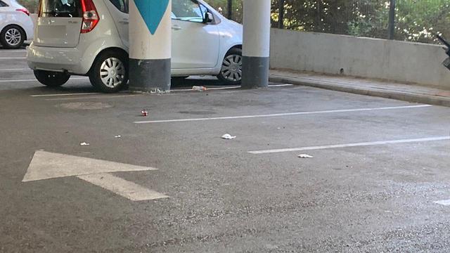 זירת הירי בחניון עזריאלי ברמלה ()