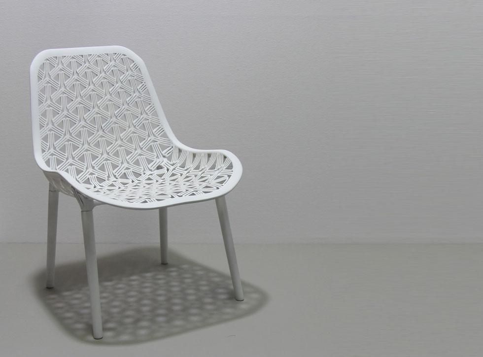 כיסא Hex&flex, פרויקט הגמר של דניס שרמן, מציע פתרון טכנולוגי מתקדם לכיסא עם מושב נוחות, שאינו כולל ספוג (עיצוב: דניס שרמן)