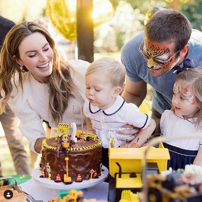 משאלת יום הולדת: מוצץ (צילום: אינסטגרם)