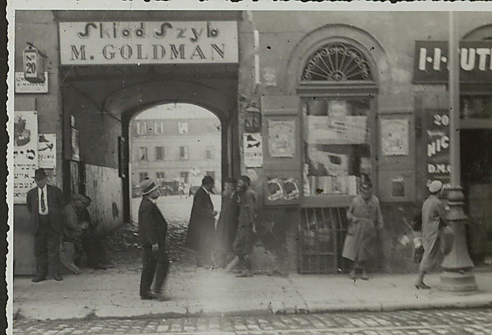 Mr. Goldman's shop (Photo: National Library)