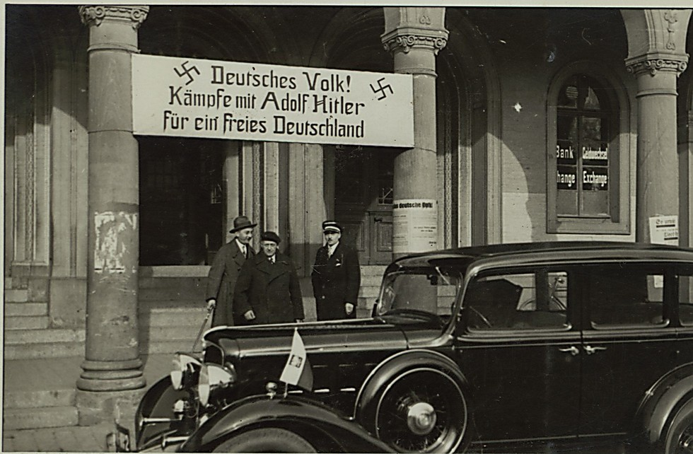 The French veterans under a Nazi sign (Photo: The National Library)