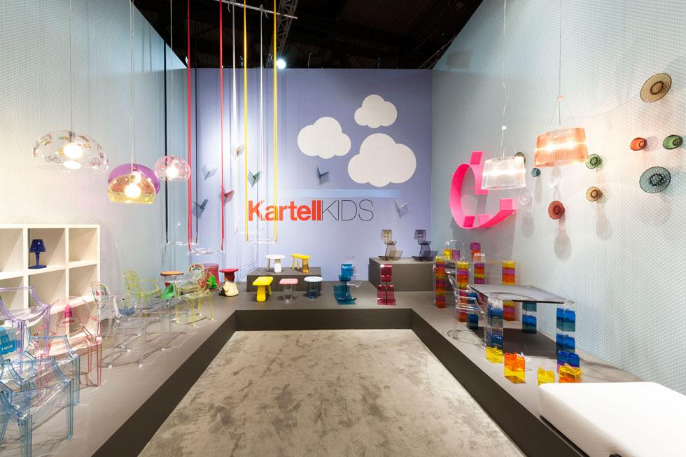 קולקציה לחדרי ילדים, שהציגה לפני שנתיים ''קרטל'' במילאנו. כל הפריטים מפלסטיק שקוף ועל כולם חתומים מעצבים ידועי שם (צילום: הביטאט Kartell)