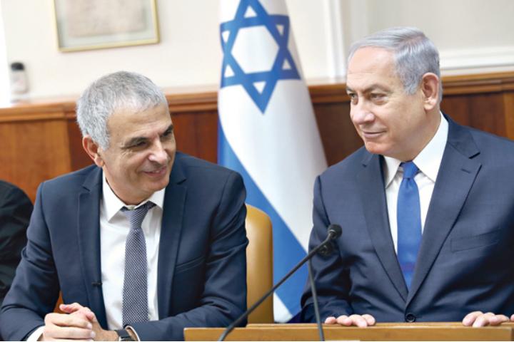 ראש הממשלה בנימין נתניהו ושר האוצר משה כחלון (צילום: אלכס קולמויסקי)