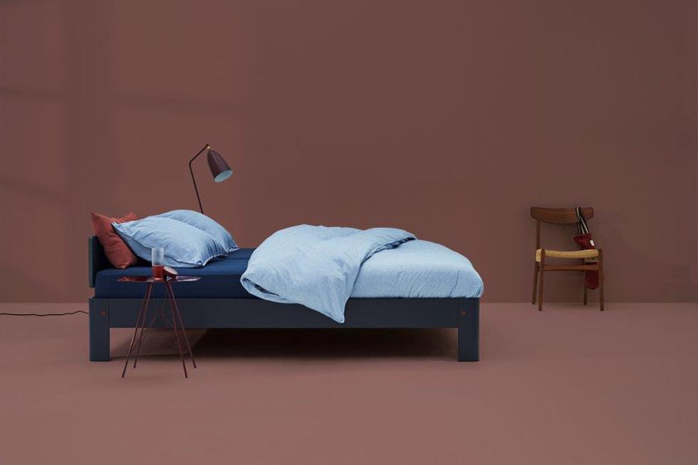 מיטה ומזרון מקולקציית auping של ''הולנדיה''
