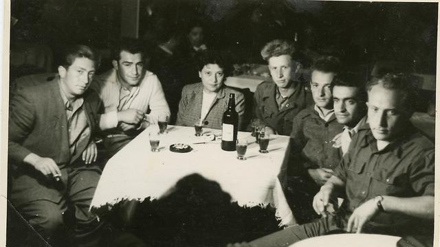 Jewish immigrants in British internment camp in Cyprus