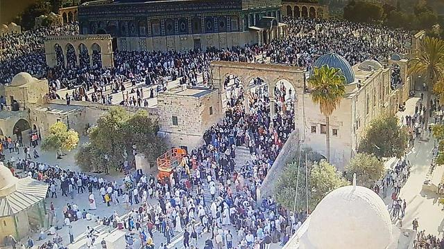 Muslim worshippers on the Temple Mount, August 11, 2019 (Photo: Israel Police)