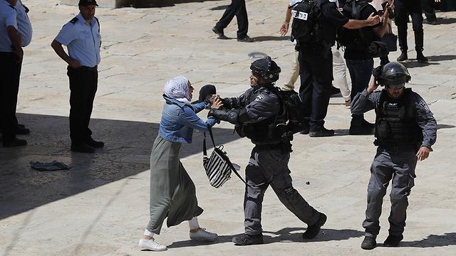 עימותים בהר הבית (צילום: AFP)