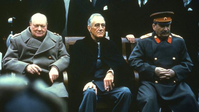 60 שנה ל מות סטלין סטאלין צ'רצ'יל רוזוולט ועידת יאלטה 1945 (צילום: Gettyimages)