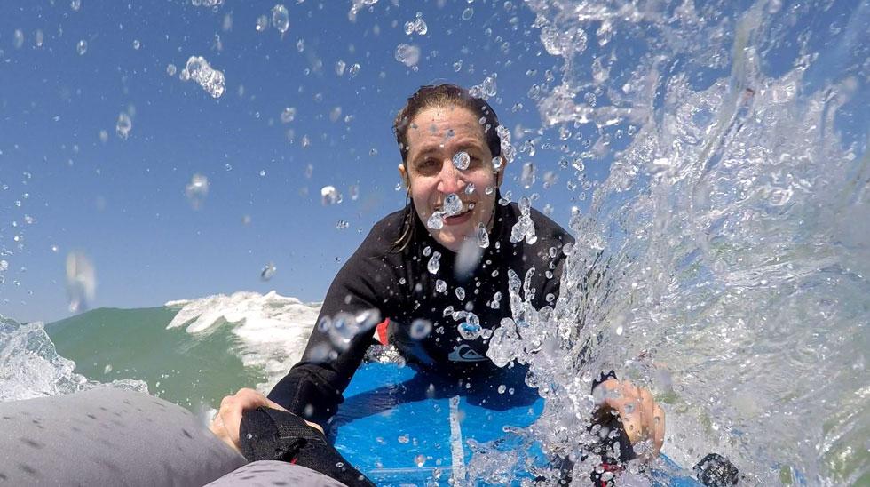 """""""חוף הים בישראל הוא מרחב מאוד חברתי, וכשנכים לא יכולים להגיע אליו, זה אומר שאין להם חלק בעוגן מאוד חשוב של התרבות הישראלית"""" (צילום: רם סטבינסקי)"""