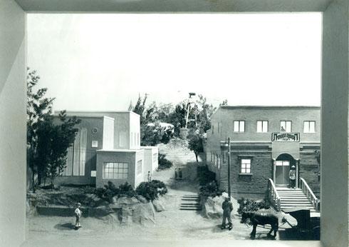 לקח הרבה זמן להשיג מימון להקמת בית הכנסת הגדול של רעננה (צילום: ארכיון העיר רעננה)
