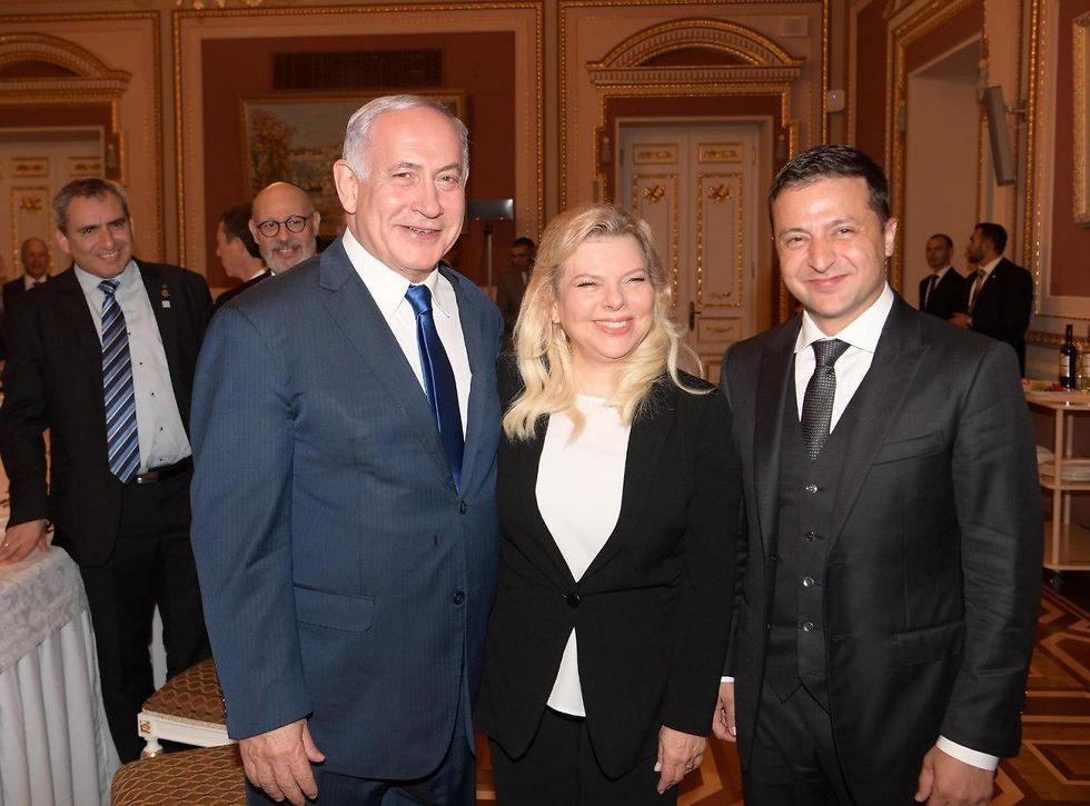 Benjamin and Sara Netanyahu with Ukrainian Prseident Volodymyr Zelenskiy in Kiev (Photo: GPO)