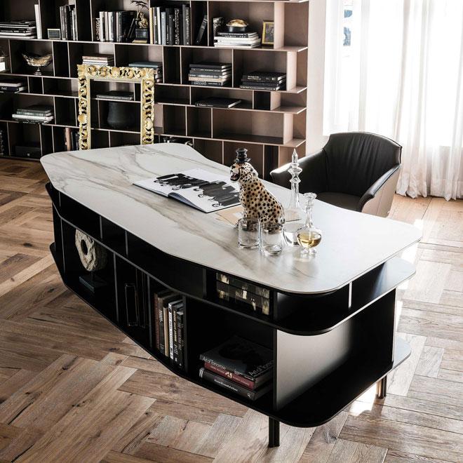 ושולחן במראה אלגנטי. Cattelan Italia