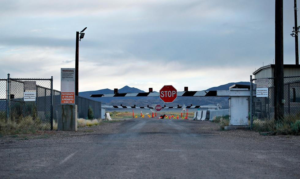 נבאדה סמוך לעיירה רייצ'ל אזור 51 בסיס צבאי סגור חייזרים ארה