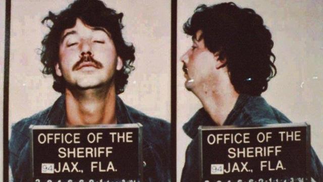 : גארי ריי באוולס רוצח סדרתי שפגע ב הומואים ב פלורידה הוצא הוצאה להורג ()