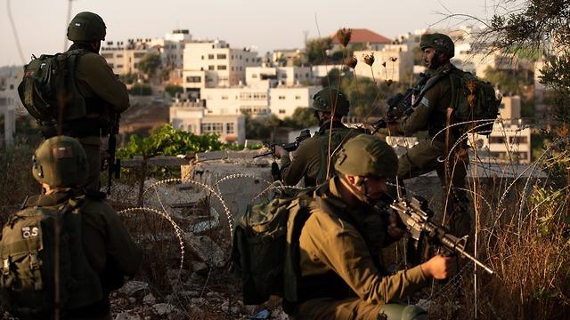IDF's manhunt for teen's killers (Photo: IDF Spokesperson's Unit)