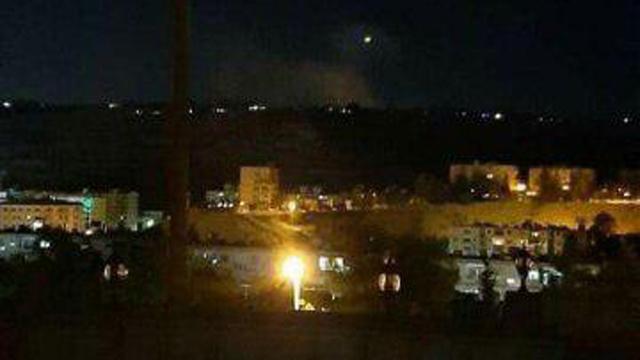 פיצוץ בסיס סוריה איראן סיכול פיגוע רחפנים דמשק עקרבה ()