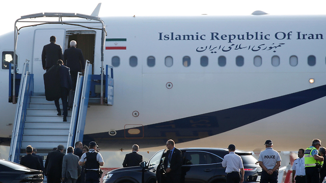 איראן מוחמד ג'וואד זריף מטוס  צרפת  ביאריץ  G7 (צילום: רויטרס)