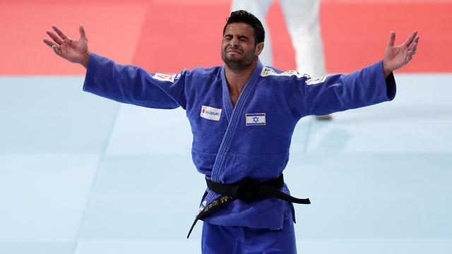 Sagi Muki celebrates his gold medal win in Tokyo (Photo: Getty Images)