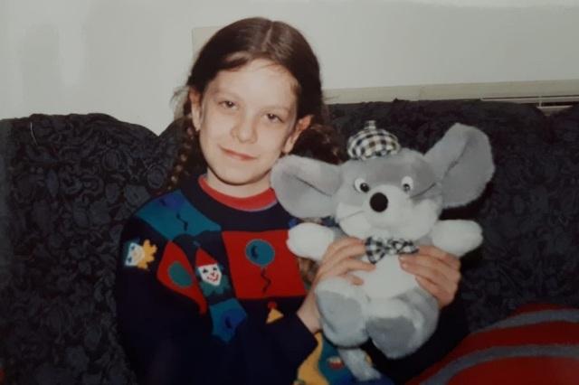 Алена в детстве. Фото: частный альбом
