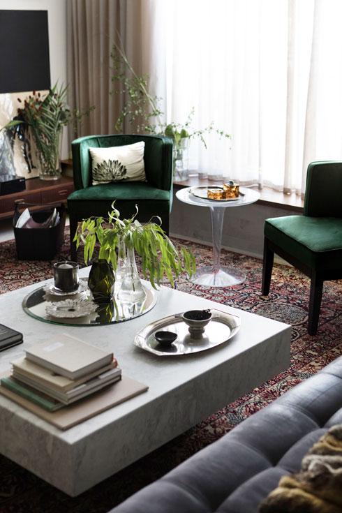 וכך גם שני הכסאות (צילום: שירן כרמל)
