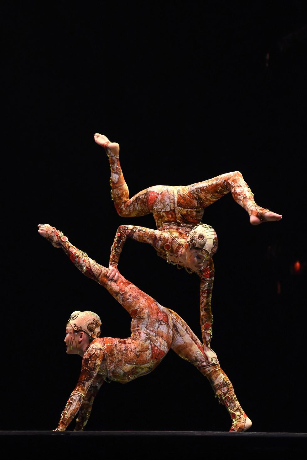 סירק דה סוליי (צילום: Annika Franco Costumes: Marie-Chantale Vaillancourt  © 2015 Cirque du Soleil)