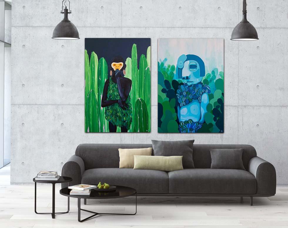 היום קל למצוא אמנות נגישה - גם במחיר וגם באופן התצוגה. מעל הספה שתי עבודות של לימור תמיר (גלריה ''פחות מאלף'')