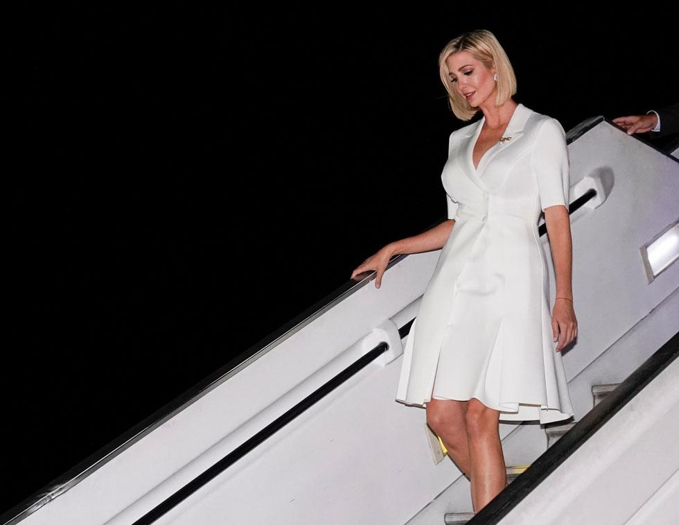 בהשראת אנה ווינטור או בסגנון שדרנית של פוקס ניוז? (צילום: Reuters)