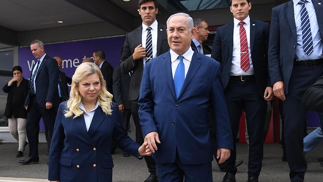ראש הממשלה בנימין נתניהו ורעייתו מסיים ביקור בלונדון וממריאים לישראל (צילום: חיים מח, לע