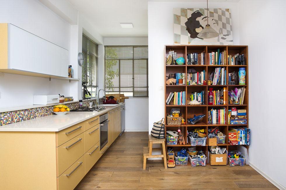 """""""הקפדתי ליצור זרימה בתוך הבית ולשמור על מרחב על חשבון גודל החדרים"""" (צילום: ענבל מרמרי)"""
