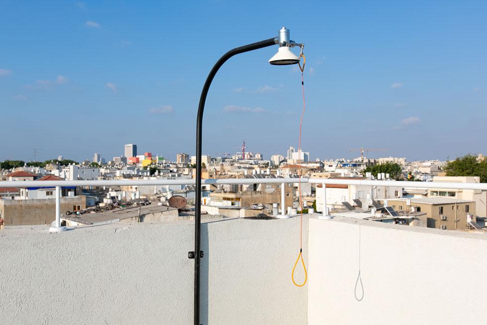 הפינוק על הגג: מקלחת חיצונית (צילום: דור נבו)