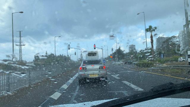 Rainy weather in Nahariya (Photo: Odi Boch)