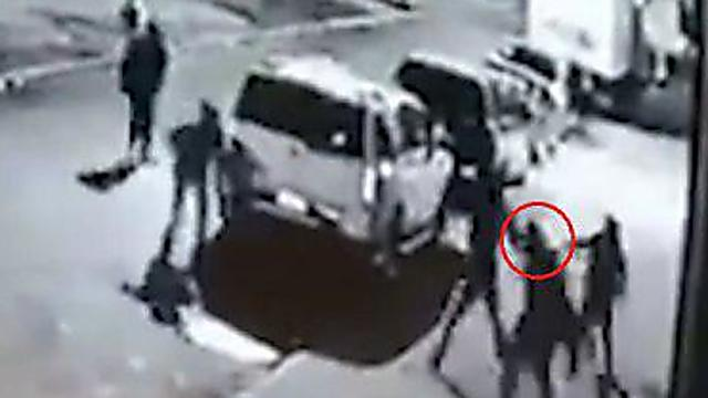 רגעי התקיפה - כפי שתועדו במצלמות האבטחה (ארגון השומרים)