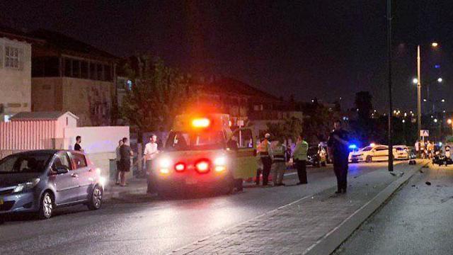 זירת התאונה ברמלה (צילום:  דוברת המשטרה)