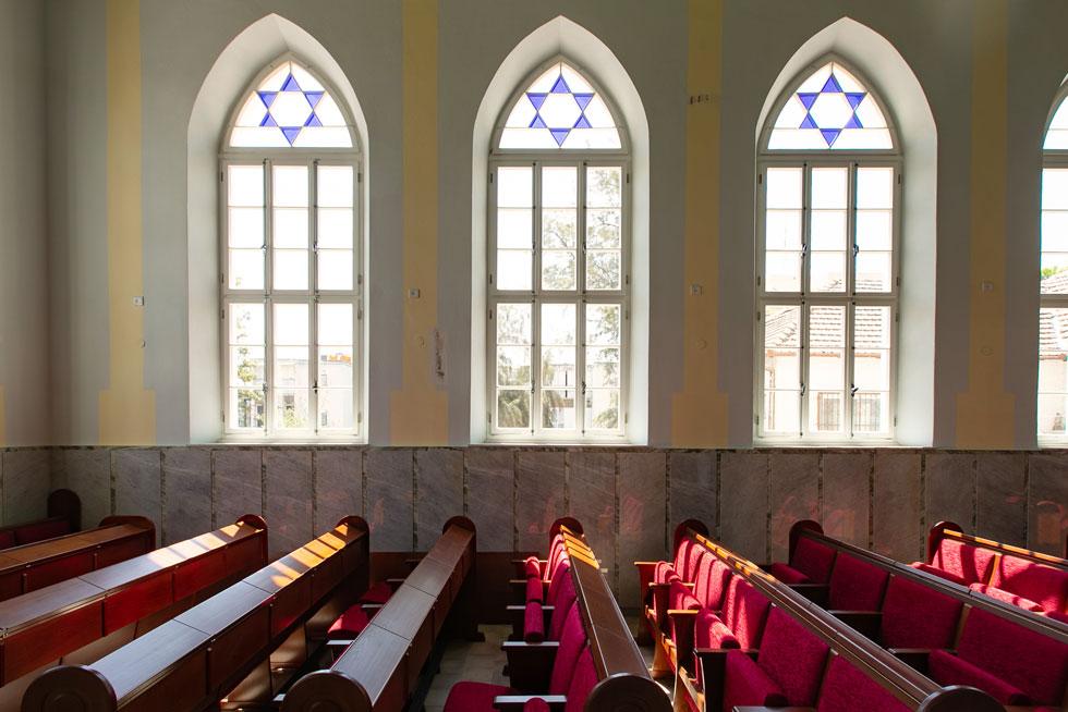 האם ההשראה באה מכנסיות נוצריות או מבתי כנסת במושבות של ארץ ישראל? האדריכלים חלוקים ביניהם (צילום: דור נבו)