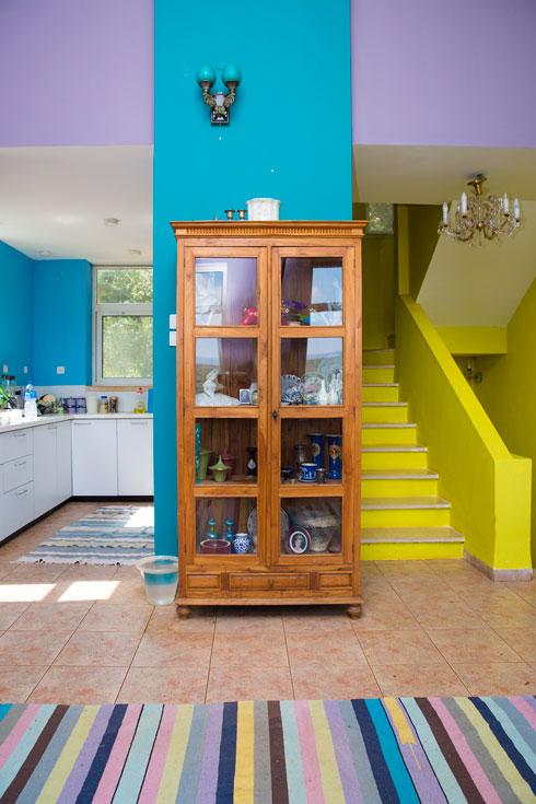 הכניסה למטבח (צילום: ענבל מרמרי)