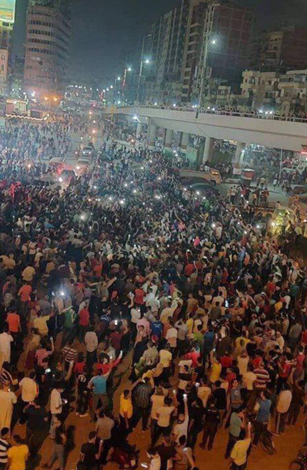 הפגנות מחאה ב קהיר מצרים נגד נשיא עבד אל פתאח א סיסי ()