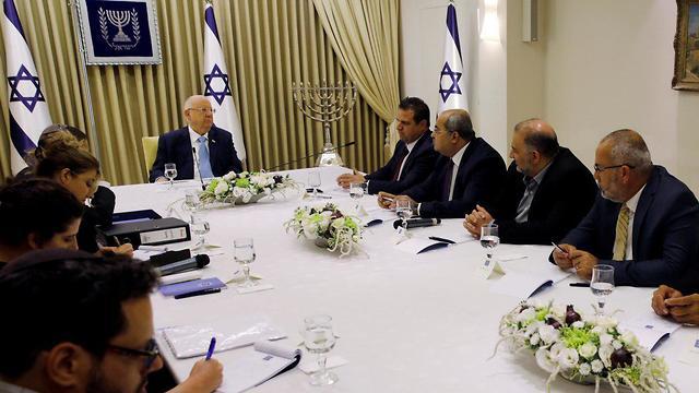 Joint List officials recommending Benny Gantz as PM to President Rivlin (Photos: Reuters)