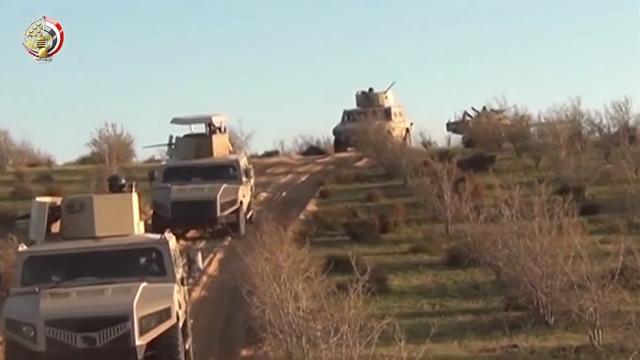 Антитеррористический рейд на Синае. Фото: египетская армия