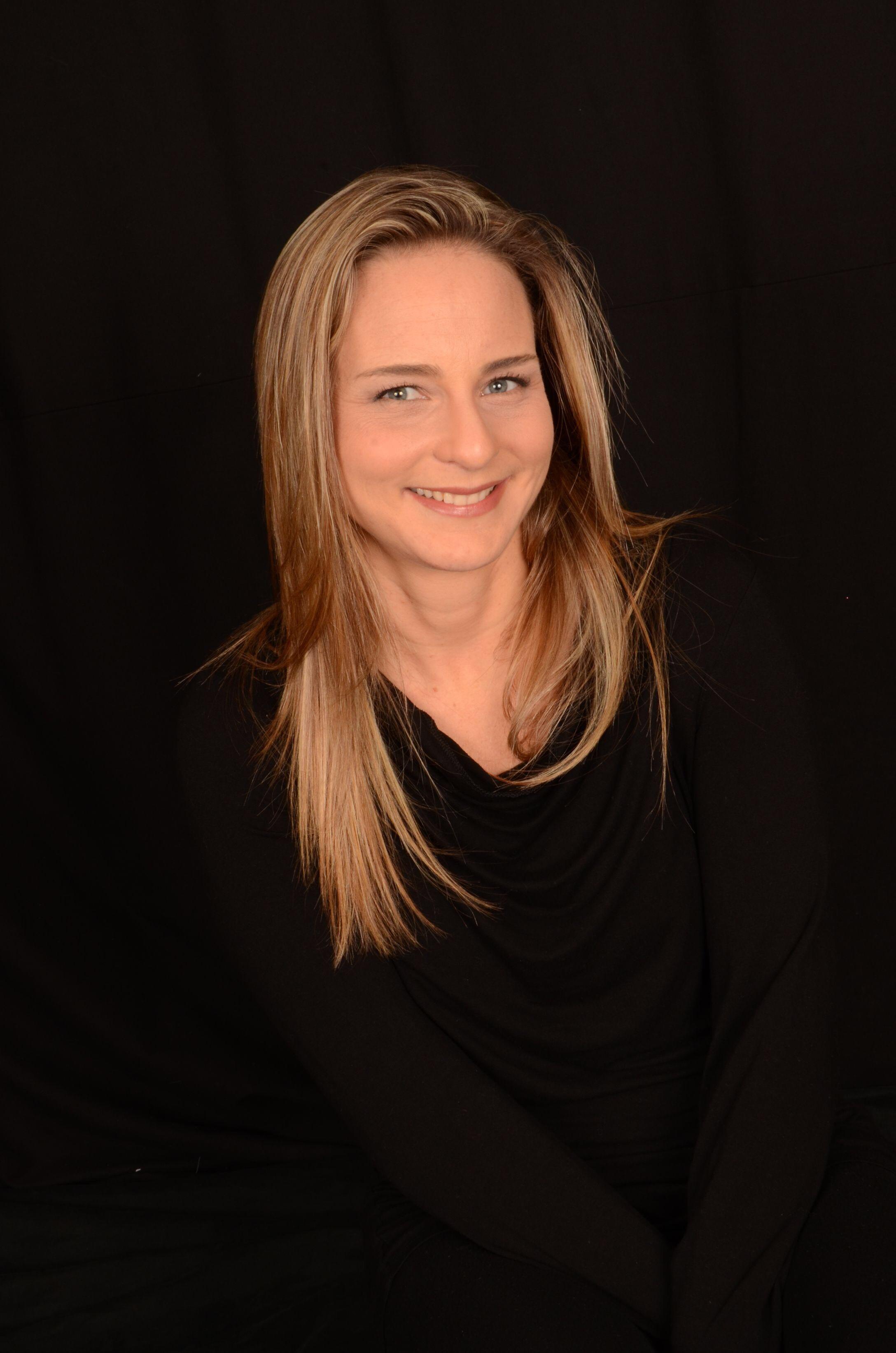 דנה שוגרמן ()