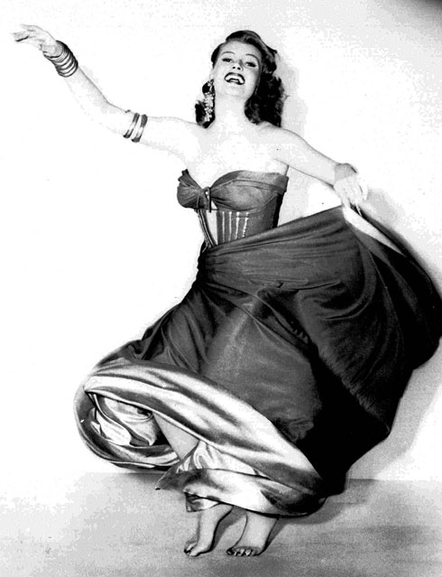 ריטה הייוורת' סוחפת. 1918-1987  (צילום: AP)
