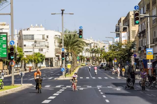 Израильские дороги в Йом-Кипур. Фото: Anton Kudelin, shutterstock