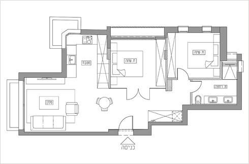 תוכנית הדירה. חדר אורחים סטנדרטי בקצה, וחדר שינה מרכזי מול הכניסה  (תוכנית: רונה טמקין)