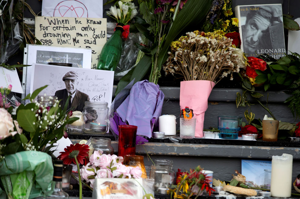 ביתו של כהן במונטריאול, אחרי מותו. בהודעה הרשמית לא נמסר שהוא עבר טיפול כלשהו אחרי שנפל ונחבל (צילום: reuters)