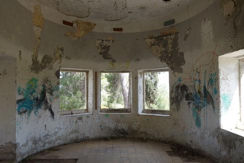 המשפחה לא זכתה ליהנות מהבית לאורך זמן רב, כשפרצה המלחמה (צילום: מיכאל יעקובסון)