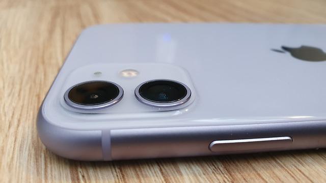 סקירת אייפון 11 (צילום: ynet)