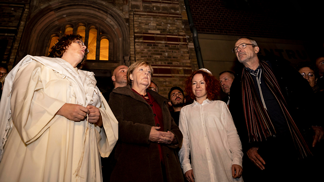 Chancellor Angela Merkel attends a solidarity rally in Berlin after the deadly shooting at a synagogue in Halle on Yom Kippur (Photo: AP)