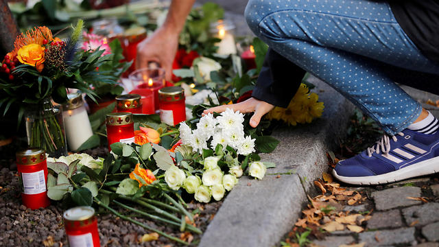 Memorial at the scene of the attack (Photo: Reuters)
