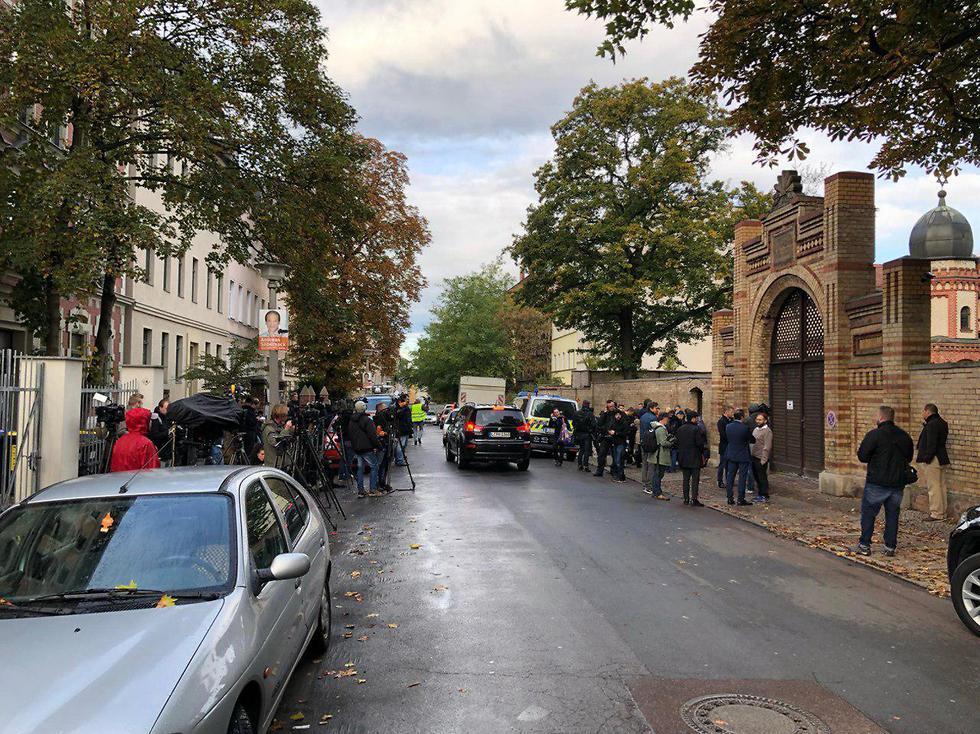 אזור בית הכנסת בו אירע הפיגוע בגרמניה (צילום: עודד טרטמן)