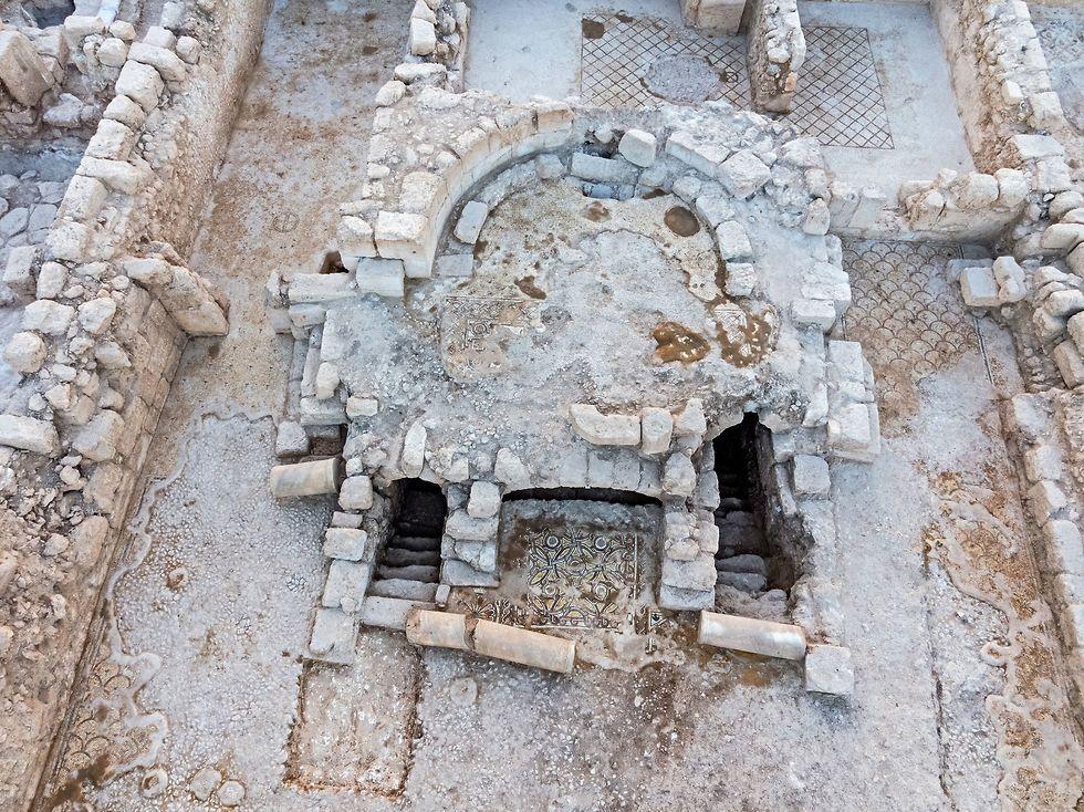 Крипта имела раздельные вход и выход. Фото: Асаф Перец